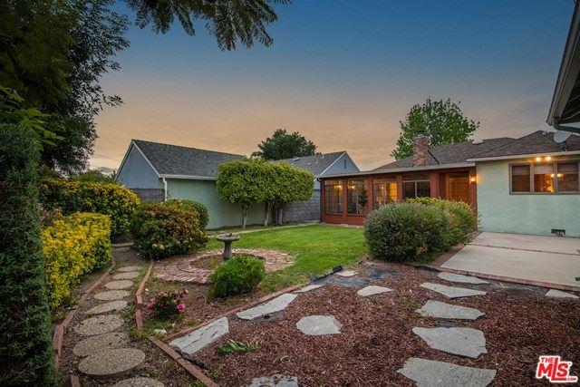 Photo of 908 Verdugo Circle Drive, Glendale, CA 91206 (MLS # 21725376)