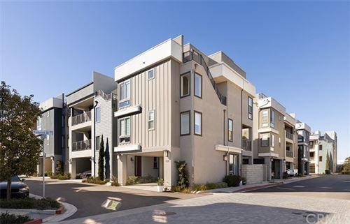 Photo of 1022 Bridgewater Way, Costa Mesa, CA 92627 (MLS # OC21036377)