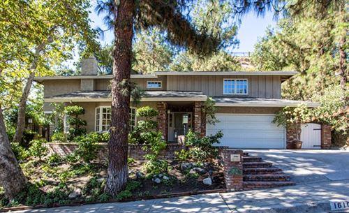 Photo of 1610 Colina Drive, Glendale, CA 91208 (MLS # P0-820003377)