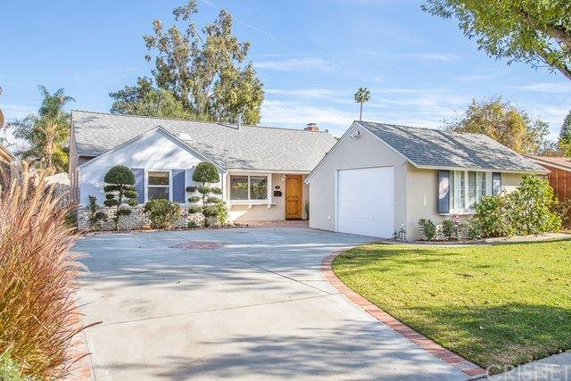 Photo of 6618 Ranchito Avenue, Valley Glen, CA 91405 (MLS # SR20264377)