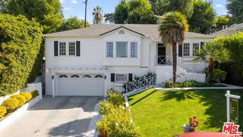 Photo of 4104 GOODLAND Avenue, Studio City, CA 91604 (MLS # 19539378)