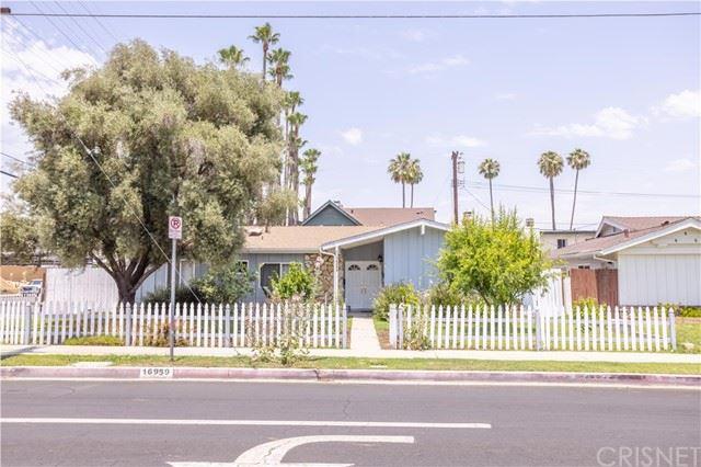 Photo of 16959 San Jose Street, Granada Hills, CA 91344 (MLS # SR21136378)