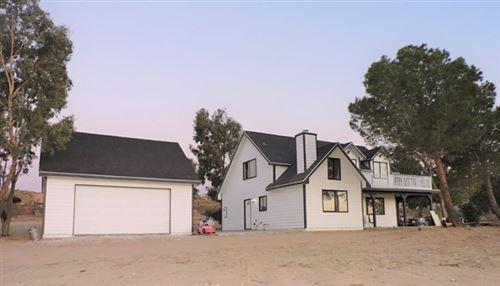 Photo of 10024 Iroquois Avenue, Apple Valley, CA 92308 (MLS # 529379)