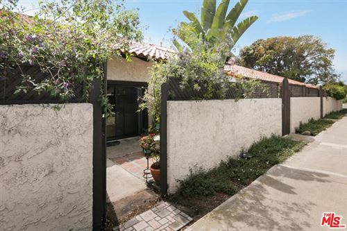 Photo of 39 MISSION PLAZA Drive, Ventura, CA 93001 (MLS # 20582380)