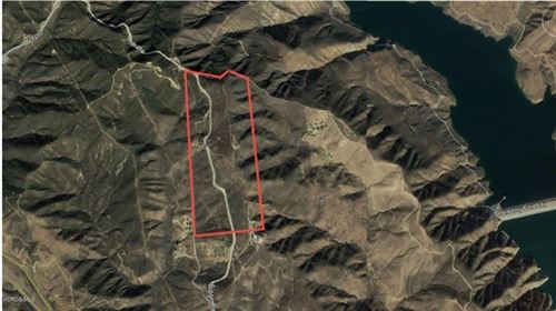 Photo of 35500 Ridge Route Road, Castaic, CA 91384 (MLS # 220009381)