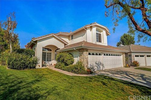 Photo of 23915 Gilford Place, Valencia, CA 91354 (MLS # SR20225381)