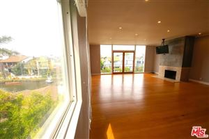 Photo of 224 LINNIE CANAL Court #2, Venice, CA 90291 (MLS # 19519382)