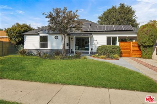 Photo of 11549 Addison Street, Valley Village, CA 91601 (MLS # 20663382)