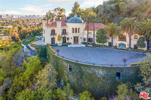 Photo of 10066 Cielo Drive, Beverly Hills, CA 90210 (MLS # 21724382)