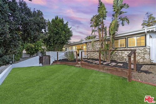 Photo of 5016 Dunman Avenue, Woodland Hills, CA 91364 (MLS # 21797382)
