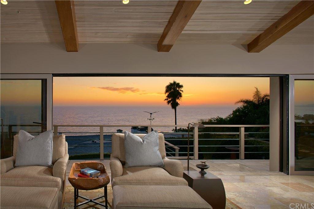 Photo for 48 N Portola, Laguna Beach, CA 92651 (MLS # LG21165382)