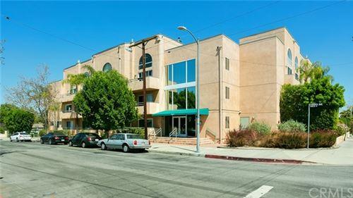 Photo of 5604 Rhodes Avenue #102, Valley Village, CA 91607 (MLS # BB21038383)