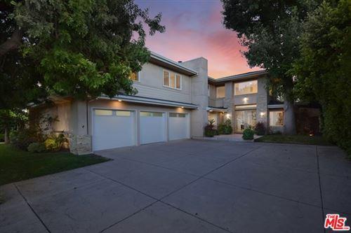 Photo of 10424 Valley Spring Lane, Toluca Lake, CA 91602 (MLS # 20602384)