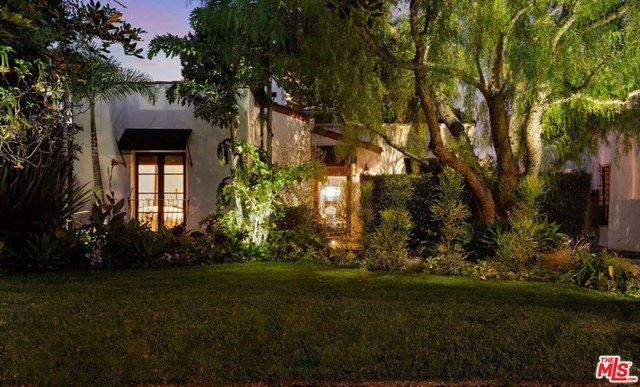 Photo of 936 S Citrus Avenue, Los Angeles, CA 90036 (MLS # 20643384)