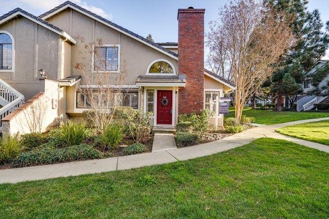2704 Buena View Court, San Jose, CA 95121 - #: ML81826384