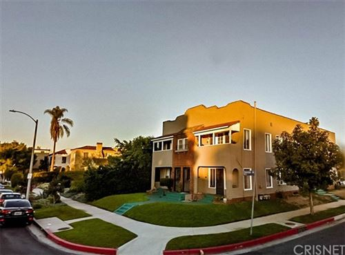 Photo of 1236 S Cloverdale Avenue, Los Angeles, CA 90019 (MLS # SR21136385)