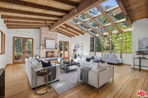 Photo of 2770 Hutton Drive, Beverly Hills, CA 90210 (MLS # 21678386)