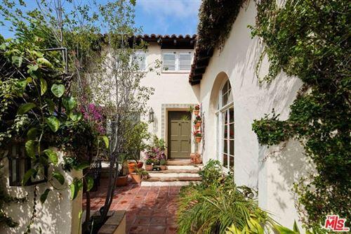 Photo of 1359 Warner Avenue, Los Angeles, CA 90024 (MLS # 21743386)