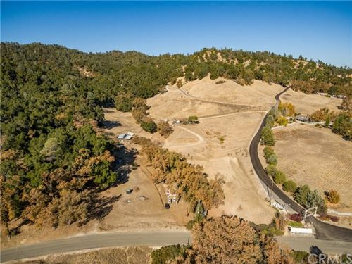 Photo of 14850 Chimney Rock Road, Paso Robles, CA 93446 (MLS # NS20246386)