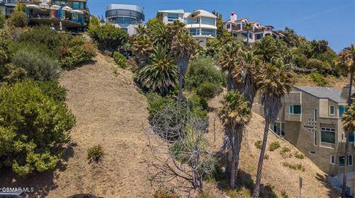 Photo of Rambla Vista, Malibu, CA 90265 (MLS # 220011387)