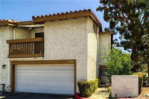 Photo of 20964 Judah Lane, Newhall, CA 91321 (MLS # SR20160387)