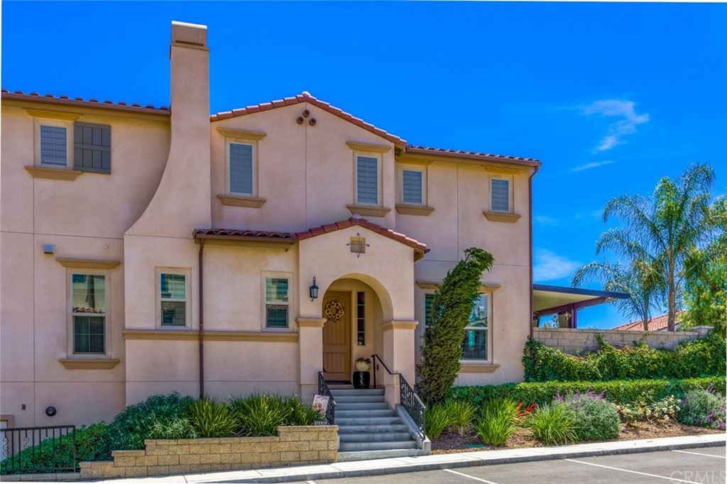 Photo for 18689 Clubhouse Drive, Yorba Linda, CA 92886 (MLS # PW21093387)