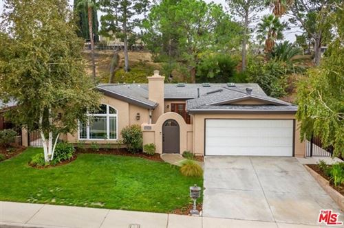 Photo of 19616 Crystal Springs Court, Newhall, CA 91321 (MLS # 20651388)