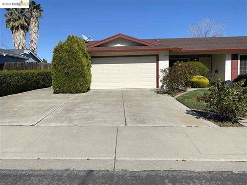 Photo of 2112 randolph court, Antioch, CA 94509 (MLS # 40940388)