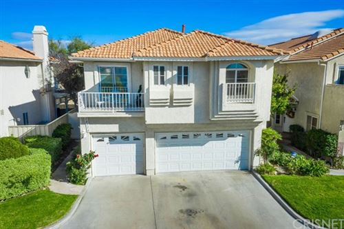 Photo of 18516 Olympian Court, Canyon Country, CA 91351 (MLS # SR20242388)