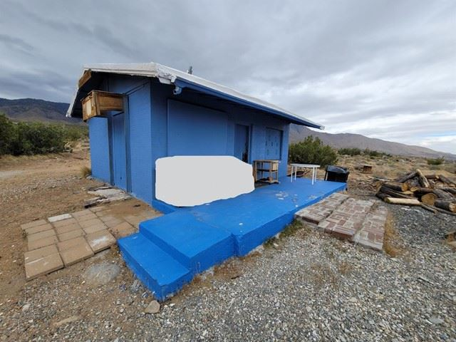 1 Pitzer Buttes Road, Lucerne Valley, CA 92356 - MLS#: 535388