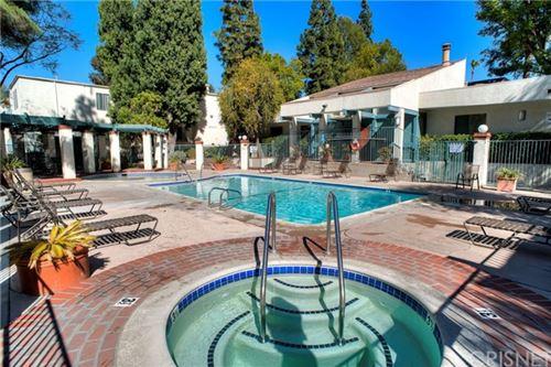Photo of 5700 Etiwanda Avenue #254, Tarzana, CA 91356 (MLS # SR21038389)