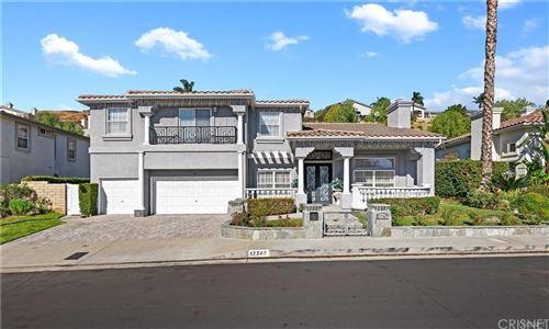 Photo of 17747 Orna Drive, Granada Hills, CA 91344 (MLS # SR21105389)