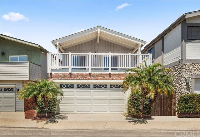 Photo for 205 Canal Street, Newport Beach, CA 92663 (MLS # NP20096389)