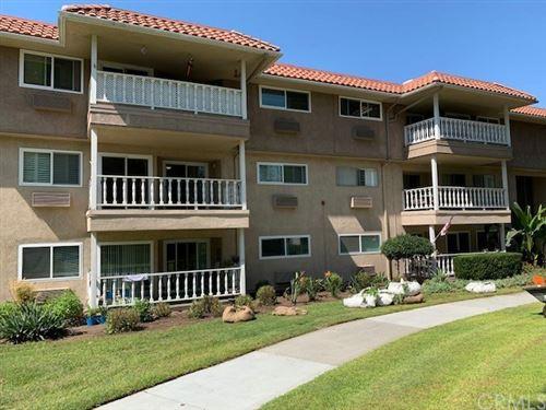 Photo of 2399 Via Mariposa W #2H, Laguna Woods, CA 92637 (MLS # OC20198390)