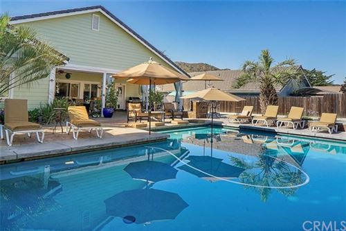 Photo of 1857 Southfork Place, Paso Robles, CA 93446 (MLS # SC20153390)