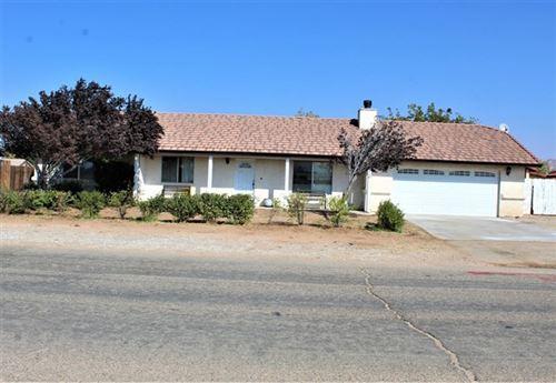 Photo of 22460 Cholena Road, Apple Valley, CA 92307 (MLS # 529391)