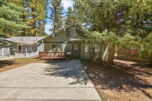 Photo of 42824 Cedar Avenue, Big Bear, CA 92315 (MLS # AR21169391)