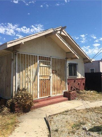 Photo of 1006 E La Palma Drive, Inglewood, CA 90301 (MLS # SR20164391)