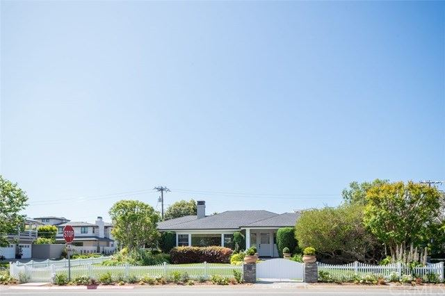 Photo of 701 Cliff Drive, Newport Beach, CA 92663 (MLS # NP21094391)