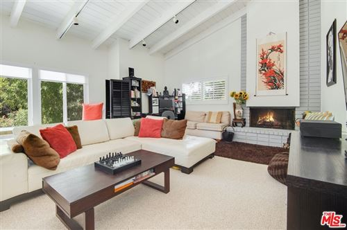 Photo of 3838 Carpenter Avenue, Studio City, CA 91604 (MLS # 21704392)