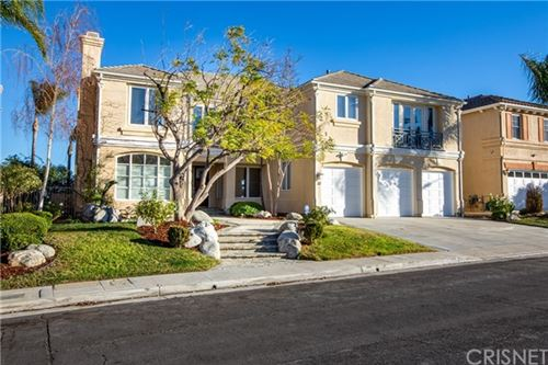 Photo of 7612 Carmenita Lane, West Hills, CA 91304 (MLS # SR21008392)