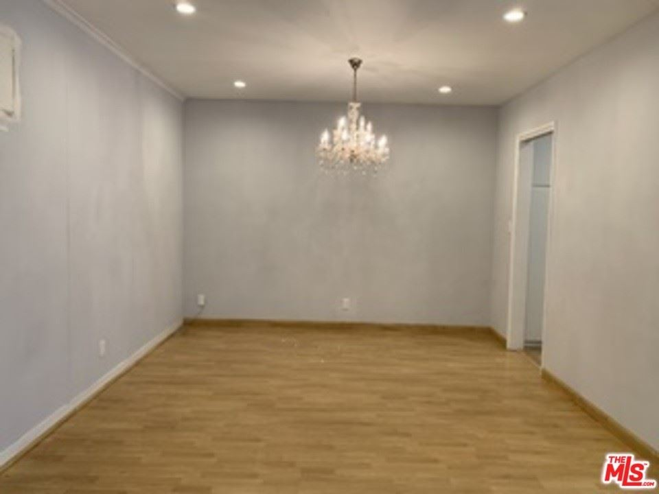Photo of 337 S Rexford Drive, Beverly Hills, CA 90212 (MLS # 21764392)