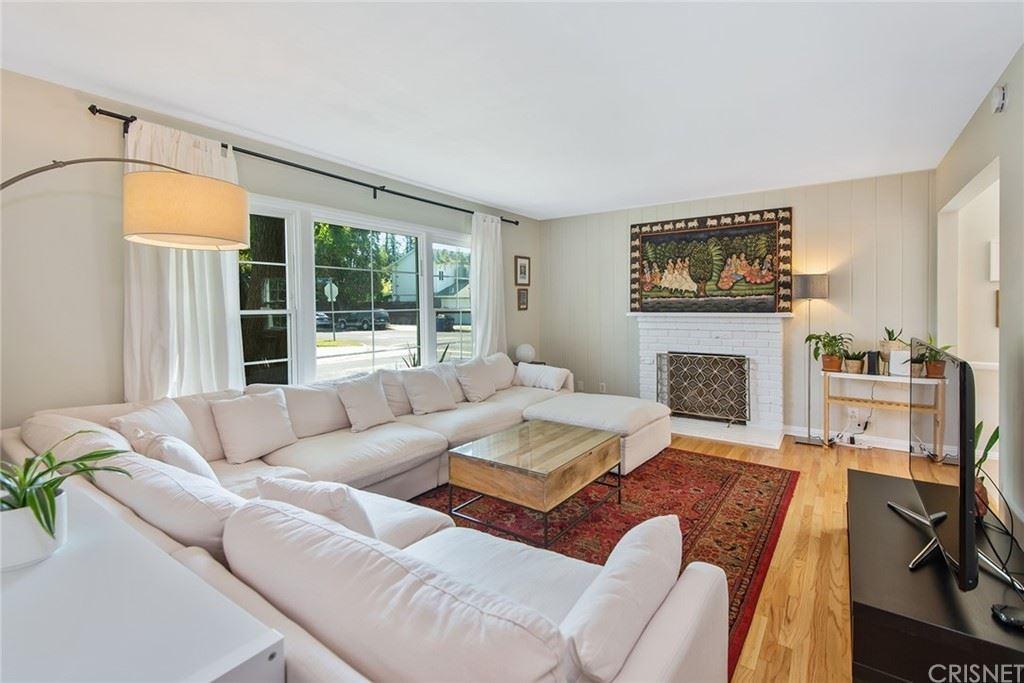 Photo of 7002 Forbes Avenue, Lake Balboa, CA 91406 (MLS # SR21198392)