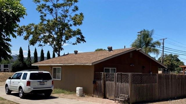 Photo of 10416 Valle Vista Road, Lakeside, CA 92040 (MLS # 200038393)