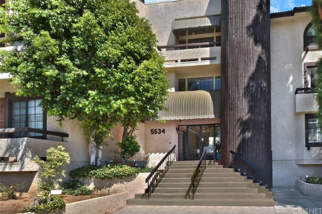 Photo of 5534 Encino Avenue #101, Encino, CA 91316 (MLS # SR21228393)