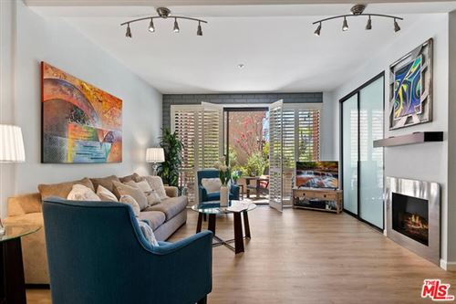 Photo of 15515 W Sunset Boulevard #104, Pacific Palisades, CA 90272 (MLS # 21730394)