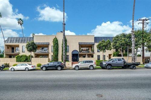 Photo of 609 Washington Avenue #H, Santa Monica, CA 90403 (MLS # P1-2394)