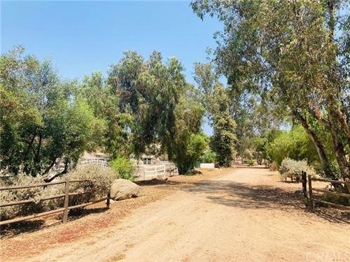 Photo of 37341 Green Meadow Rd Road, Temecula, CA 92592 (MLS # SW20178394)