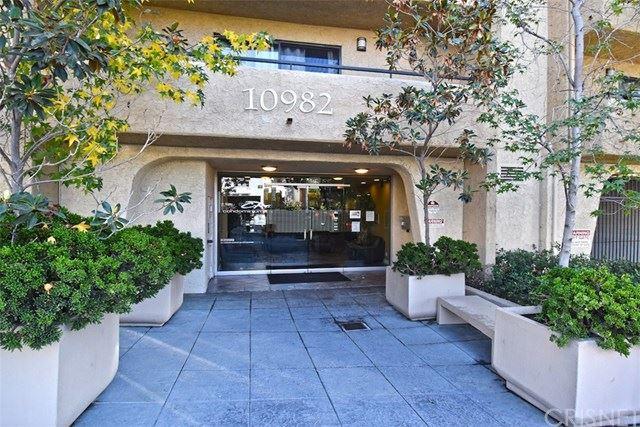 Photo of 10982 Roebling Avenue #336, Los Angeles, CA 90024 (MLS # SR20241394)