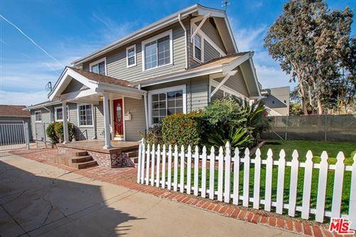 Photo of 1537 Wellesley Avenue, Los Angeles, CA 90025 (MLS # 21678396)